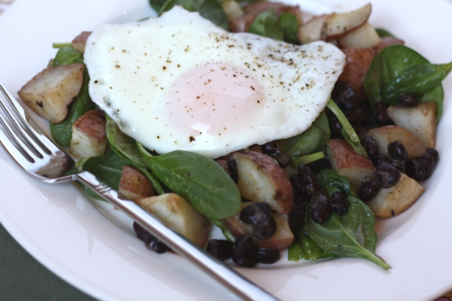 Black Bean, Potato and Spinach Hash recipe by Barefeet In The Kitchen