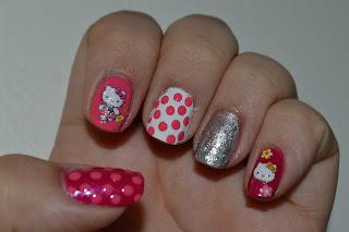 Hello Kitty Manicure Tutorial