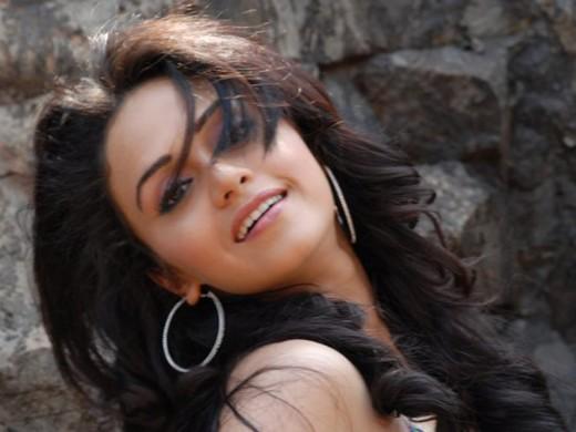 marathi actress amruta khanavilkar