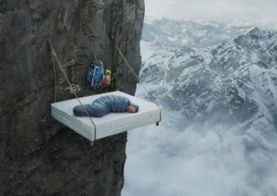 cara istirahat para pemanjat tebing