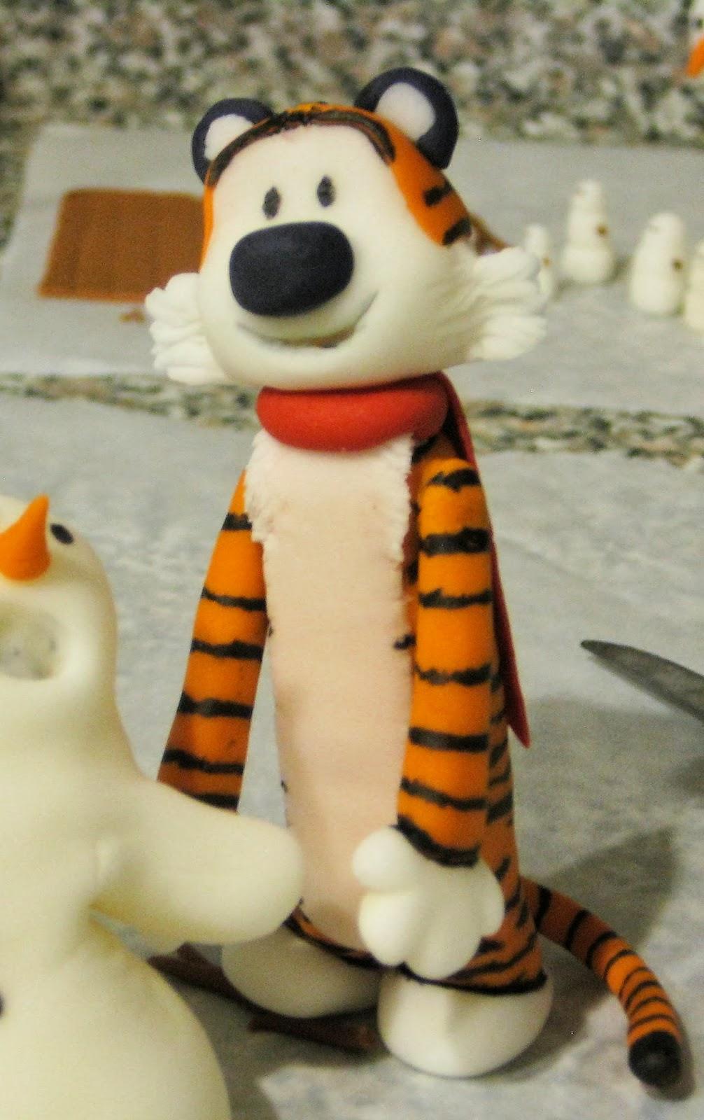 Calvin and Hobbes Snowmen Cake - Fondant Hobbes