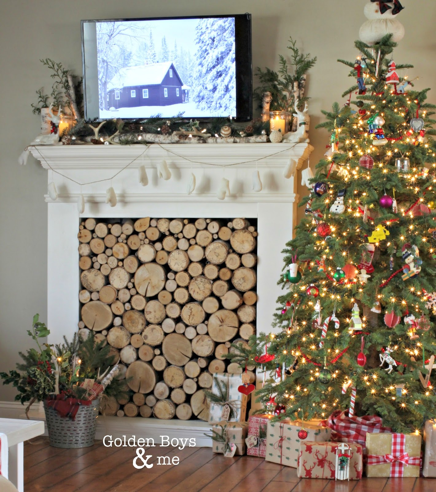 Faux fireplace in Christmas living room-www.goldenboysandme.com