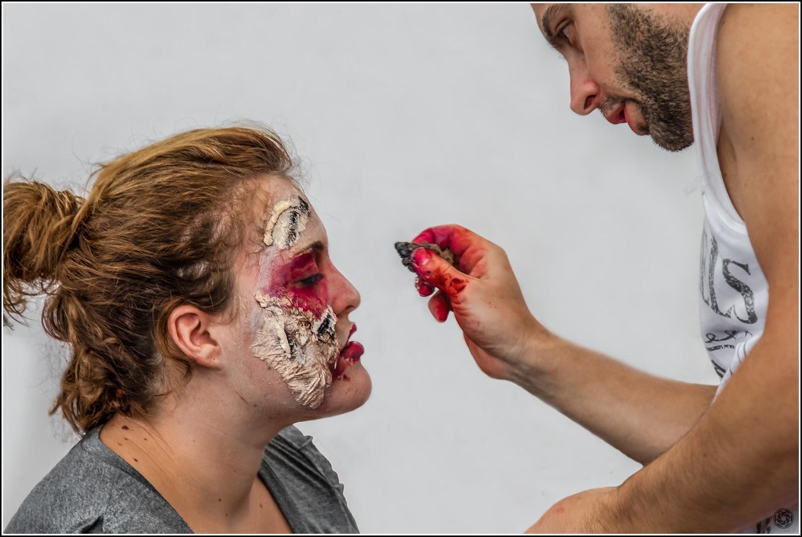 Zombie Walk Sitges 2012: Maquillaje hasta en el corazón
