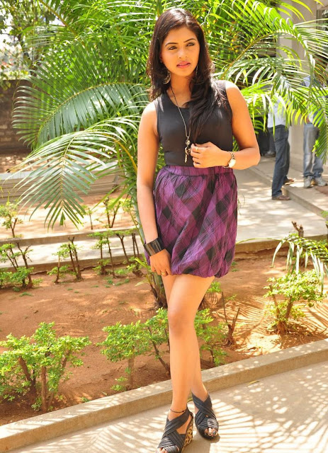 Sanchita padukonee in min skirt