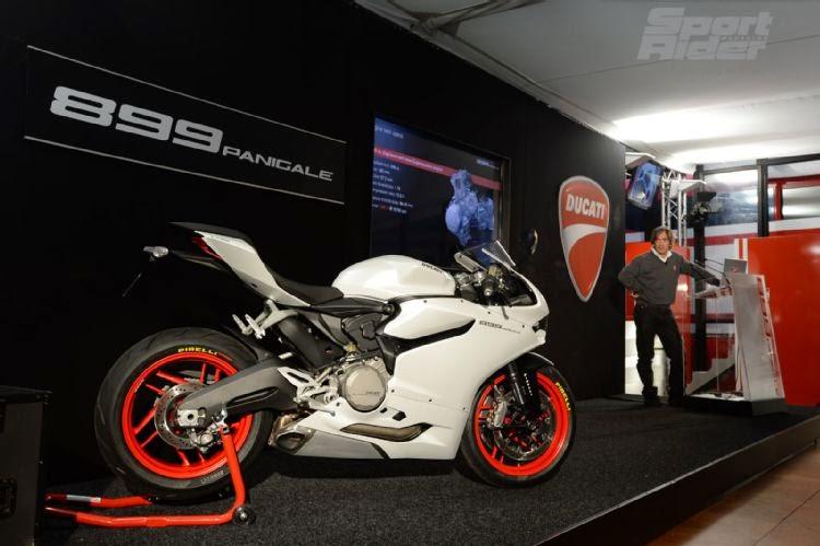 Ducati Superbike 899 Panigale 2014 Repair Workshop Manual