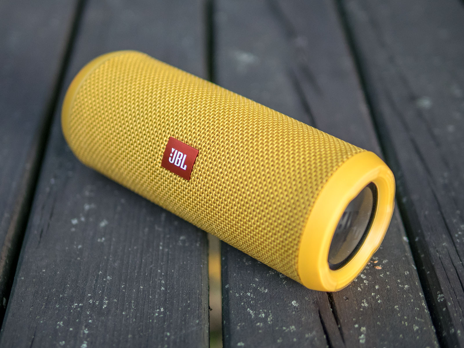 Oluvs Gadgets Review Jbl Flip 3 The Ue Boom Killer Go Portable Mini Bluetooth Speaker