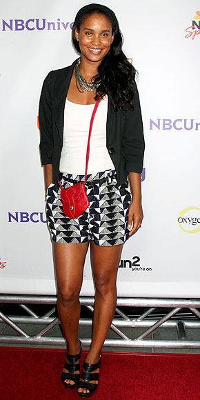 Joy Bryant Looking Casually Cool In This Shorts, Jacket, Sandal