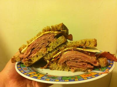 גם את הסנדוויץ' הזה אף פעם לא ראיתם, אבל נכון שהוא נראה ממש טוב? הוא היה הצלחה אדירה באינטרנט.