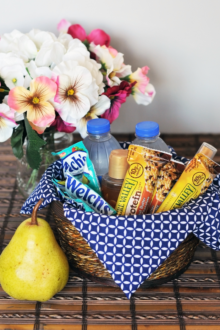DIY Guest Room Basket, Easy Guest Room Basket, 5 Minute Guest Room Basket