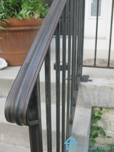 how to remove rust from metal railing