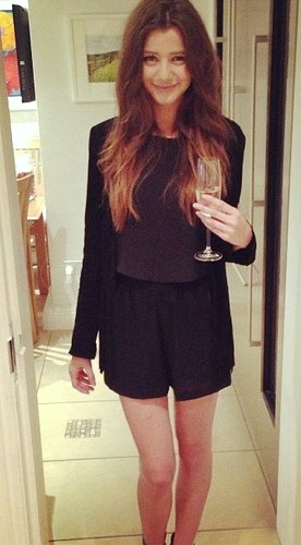 Eleanor Calder (El)