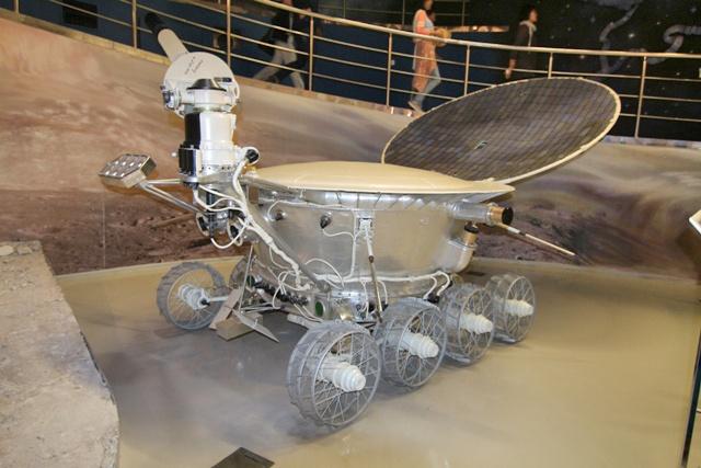Vehiculos lunares en el Museo de Cosmonautica en Moscú