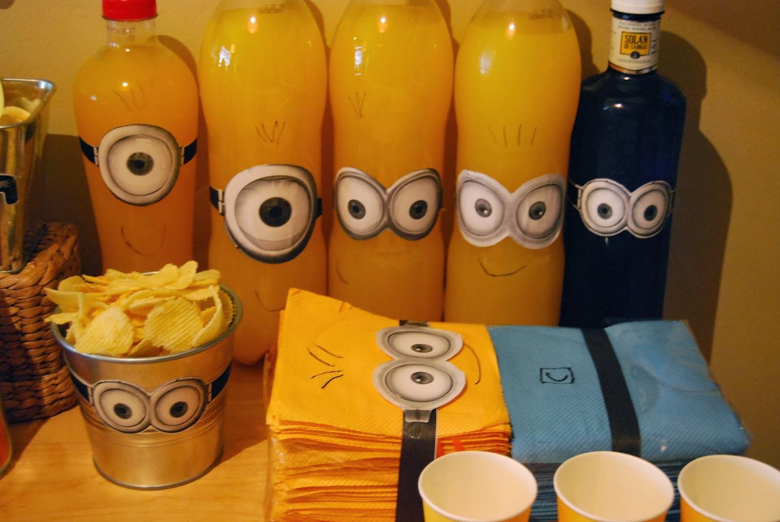 Decoracion Minions Para Fiestas Infantiles ~ botellas minion utilizamos botellas de trina y kas de naranja
