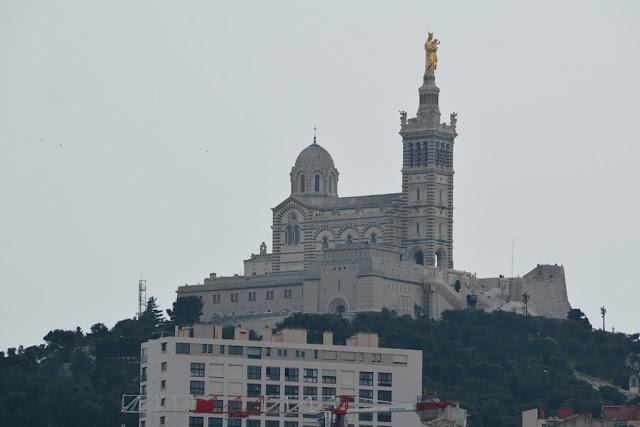 Vieux Port Marseille Notre Dame de la Garde