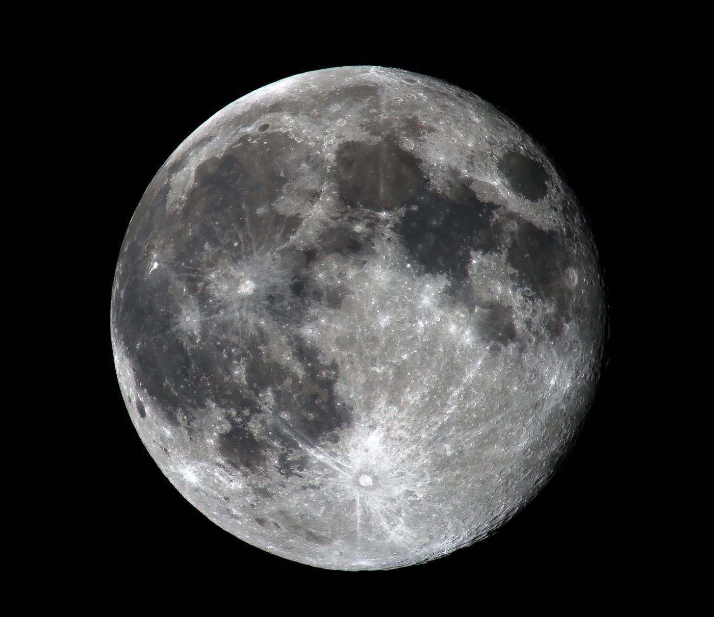 foto a fuoco come si fotografa la luna