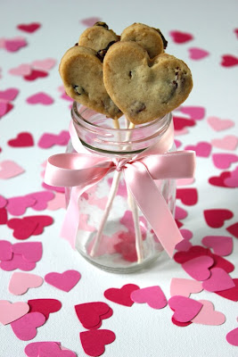 81487074477439163 GsUMehLl c Treats for Valentines Day