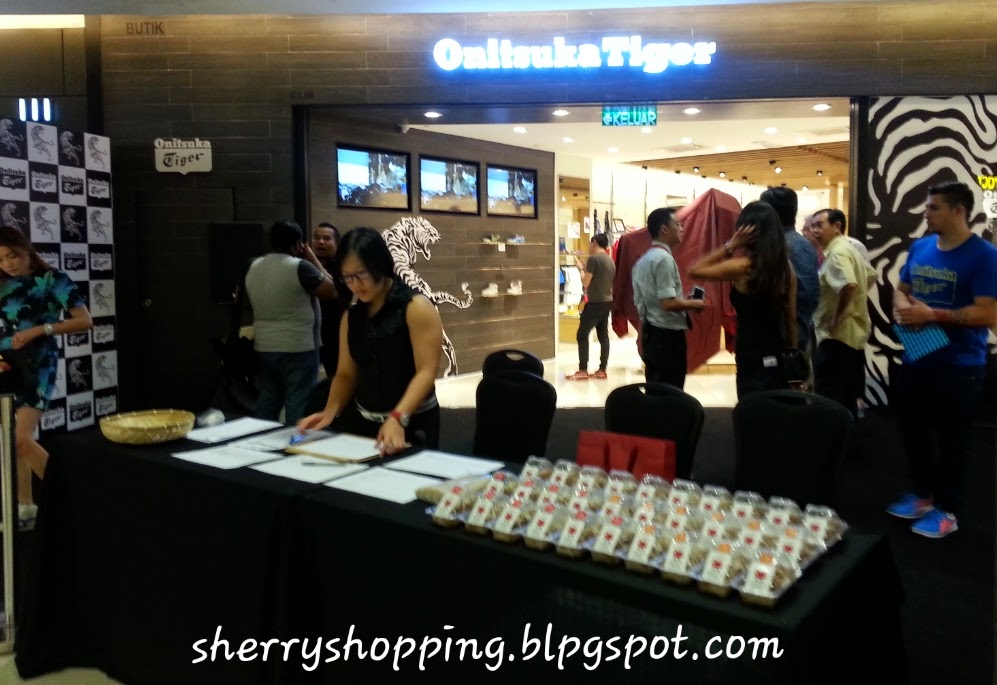 Shopping  ONITSUKA TIGER OPENS SUNWAY PYRAMID ce61a86aaa