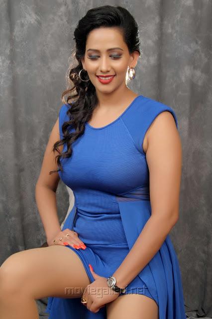 Sanjana Singh hot shoot