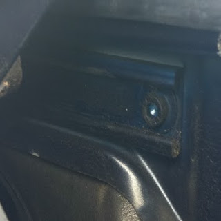 Vérifier le mécanisme de la capote de votre Porsche Boxster 986 4