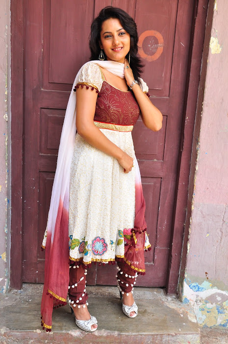 Tripti Sharma in a Churidaar, Tripti Sharma Rural Photoshoot