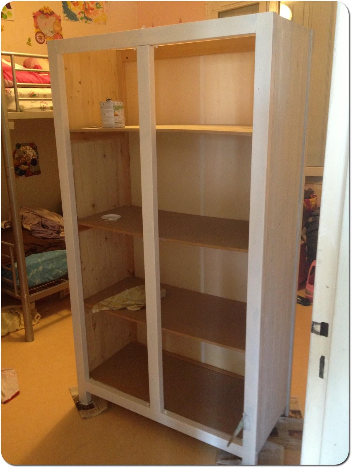 Chichimi j 39 ai retap une armoire for Comment passer une sous couche
