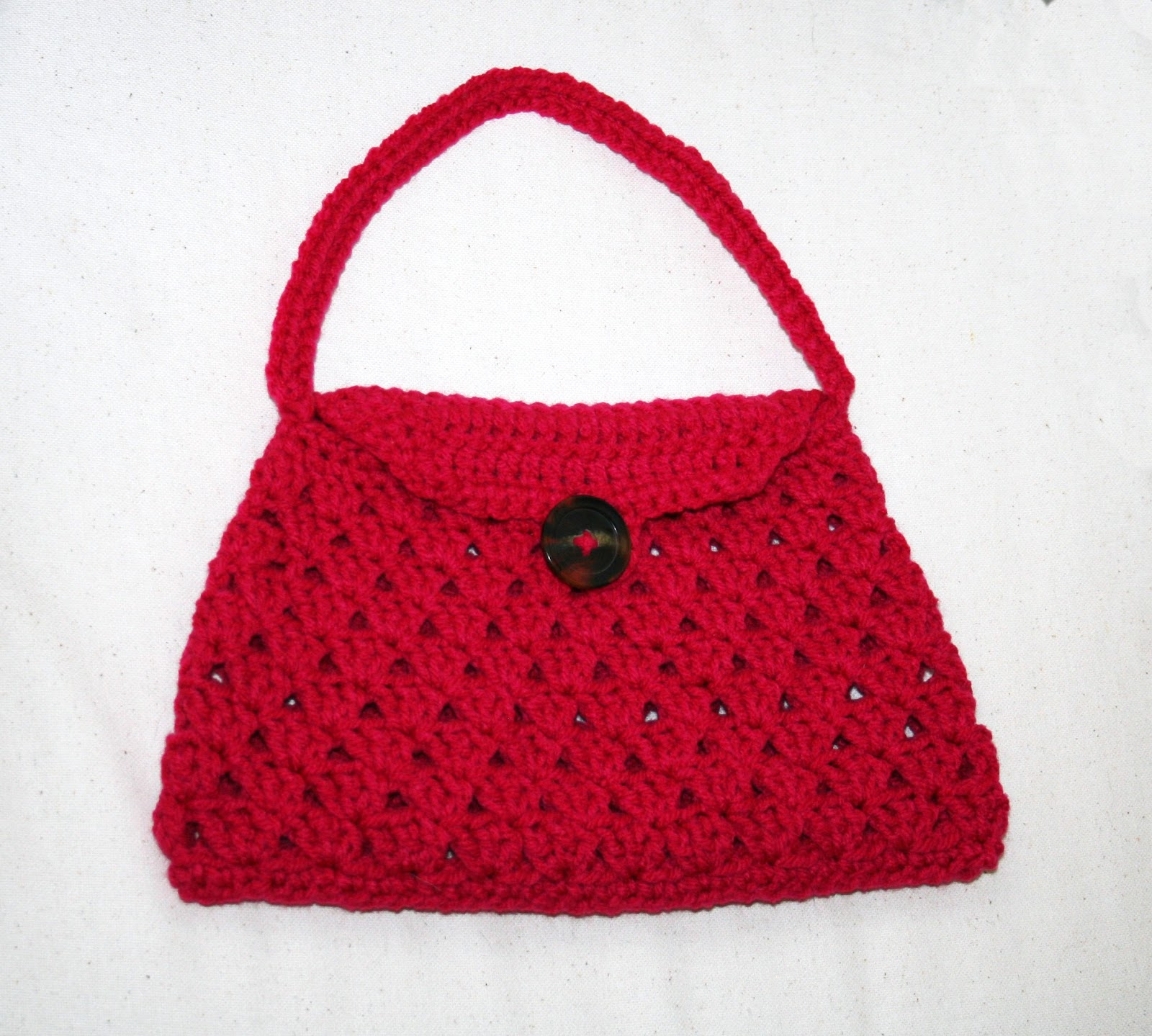 Crocheted Handbag : Tampa Bay Crochet: Free Crochet Pattern: Stylish Crochet Handbag