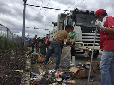 Habitantes de Av 16 piden conciencia en el tratamiento de los desechos sólidos