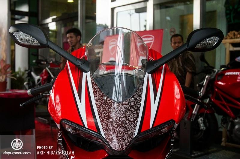 Modifikasi Motor Ducati Bercorak Batik Indonesia Terbaru 2014