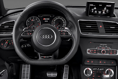 2014 Audi RS Q3 Interior