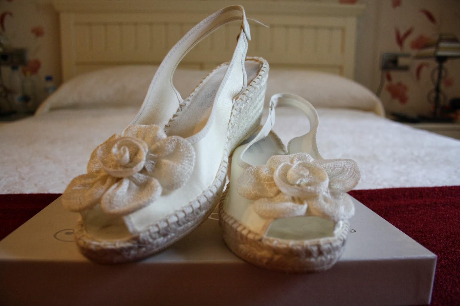 Las mías, como ya os mostré en mi entrada sobre las zapaterías de novia en Madrid, eran del Corte Inglés y costaron 69 euros.