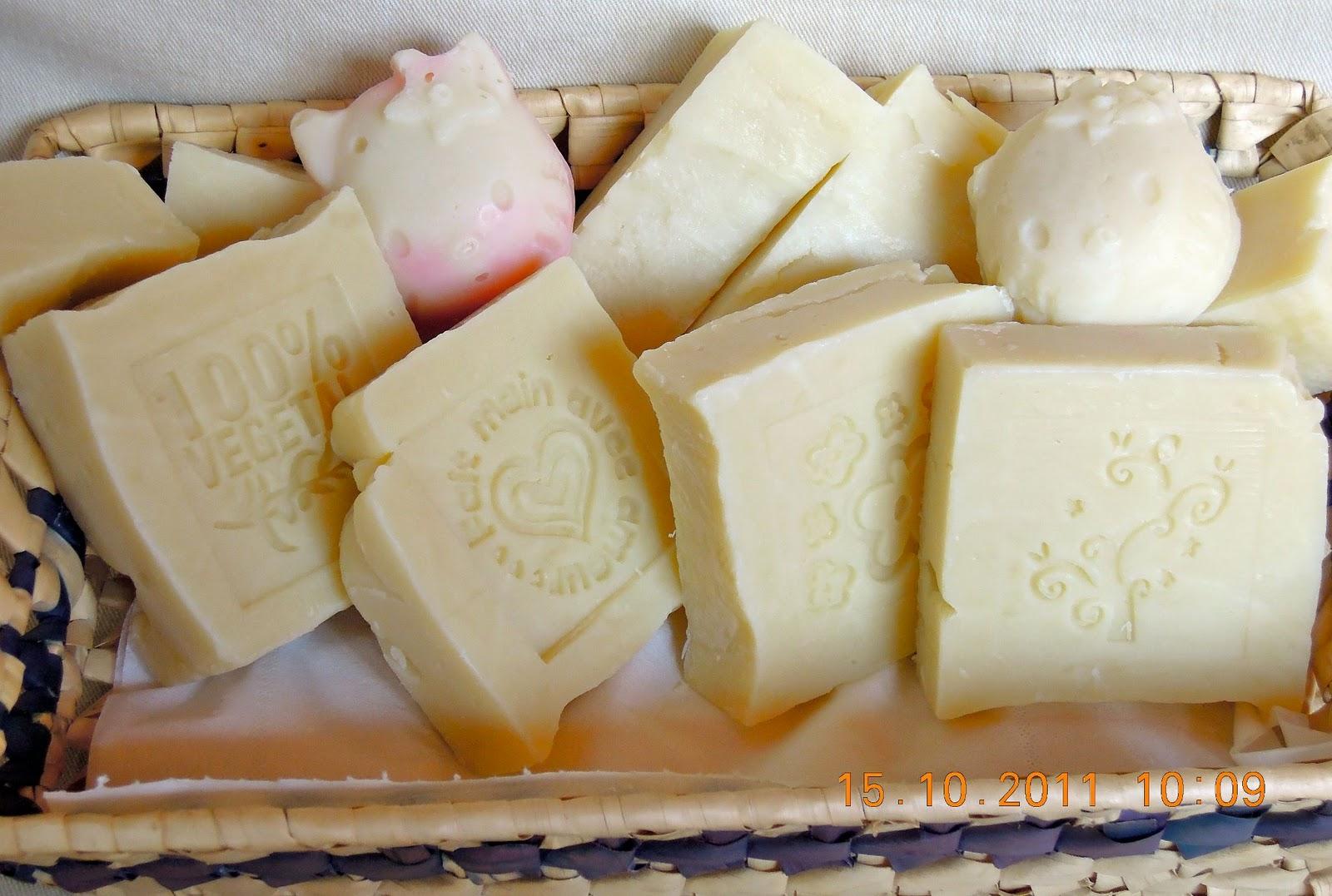 Il calderone alchemico cosmesi home made la scelta dei grassi nel sapone - Sapone neutro per pulizie casa ...