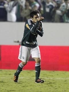 Palmeiras passa pelo Paraná na Copa do Brasil
