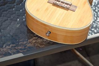 Moselele Bambookulele concert ukulele strap button