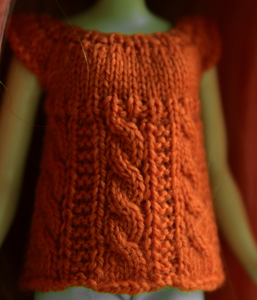 Knitting Stitches For Sweaters : cable knit model-Knitting Gallery