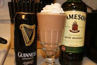 Cookin' with Super Pickle: Copycat Red Robin Irish Beer Milkshake