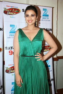 Parineeti Chopra in Green gowN WITH Deep Neck Spicy Pics Must see Beauty