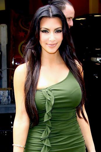 Kim Kardashian huge boobs