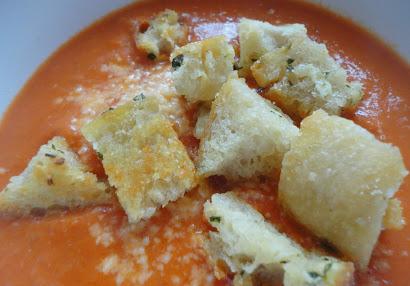 Creamy Tomato soup w/ Homemade croutons