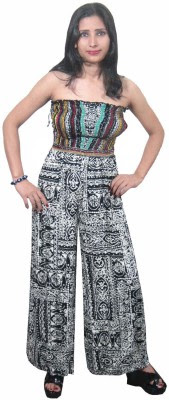 http://www.flipkart.com/indiatrendzs-printed-women-s-jumpsuit/p/itme9czd6dz2dy8v?pid=JUME9CZD4QGN3SKX&ref=L%3A-8677077759605782068&srno=p_1&query=Indiatrendzs+Jumpsuit&otracker=from-search
