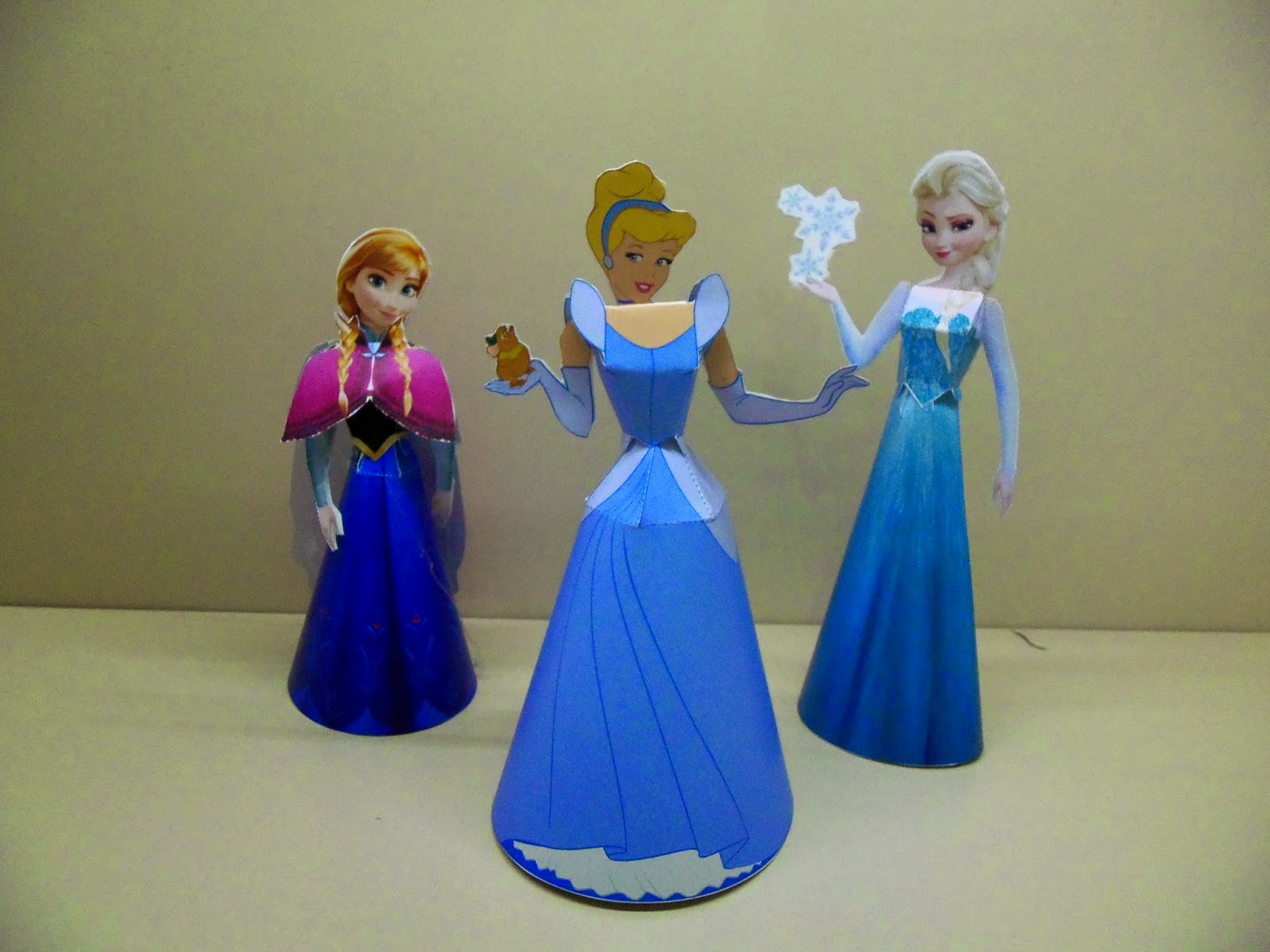 Disneys Frozen Elsa Papercraft 3D How To Make A Full Movie