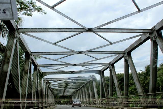 Sebuah Jembatan / Brug / Bridge Banjarnegara, Jawa Tengah - Indonesia