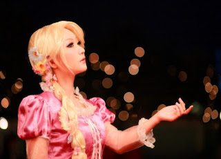 Koyuki cosplay as Disney Rapunzel 5