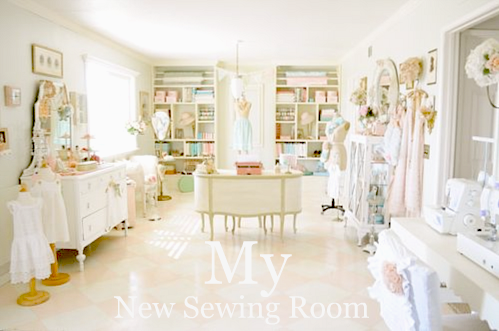 I Saw This Amazing Sewing Room Design By Angelina Over At The Blog Shop  Ruby Jean. I Just Had To Share It With All Of You, Isnu0027t It Stunning? Part 67