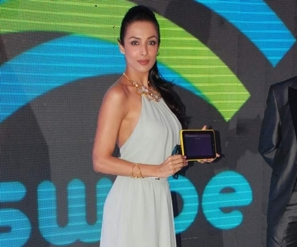 actress Malaika Arora Khan in Raoul at Swipe 3D Tablets launch Swipe 3D life X74 tablet 3D tab buy price specs