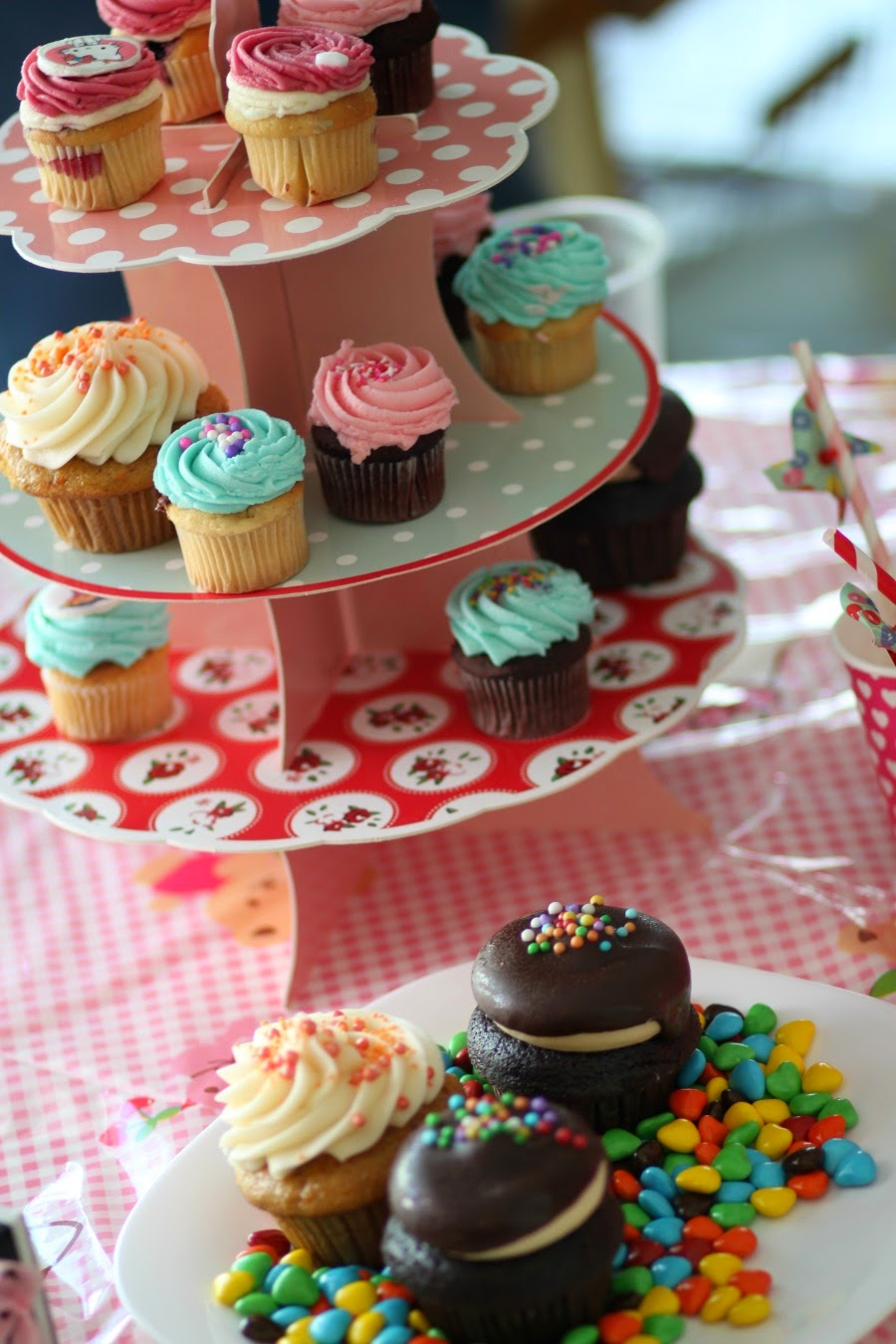decoration, decor, girlbirthdayparty, cupcakes, sweets, celebration, happy, blog, fashionblog, ארגוןיוםהולדתלילדה, בלוג, דקורציה