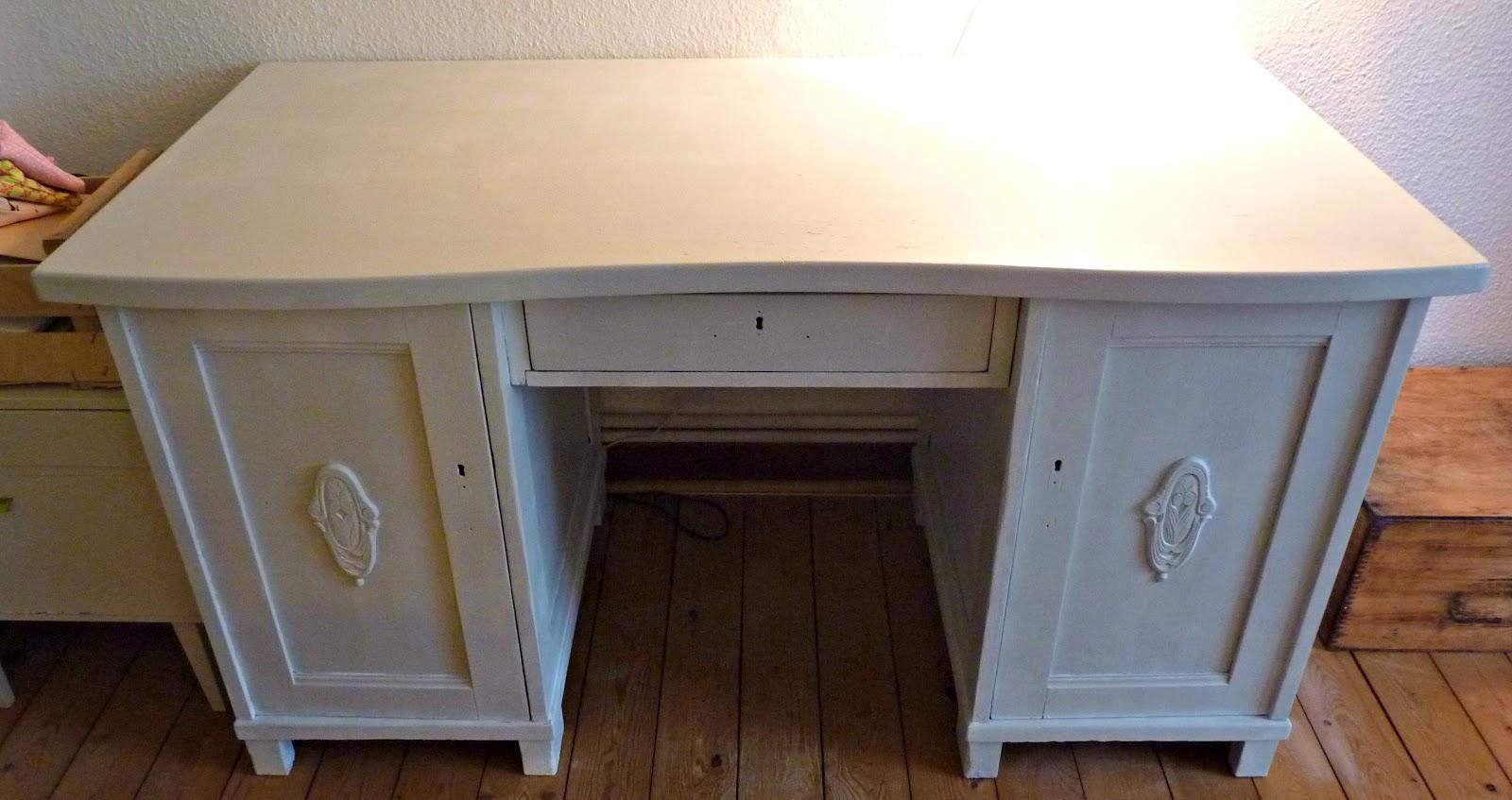 Schreibtisch lackieren - Mobel selbst restaurieren ...