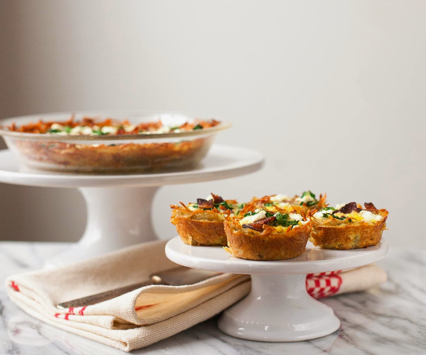 Kale and Bacon Quiches with Hash Brown Crust | acalculatedwhisk.com