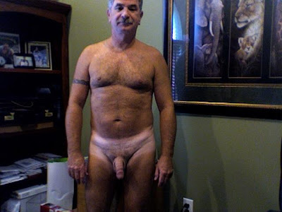 muscle bear naked - old dad gay