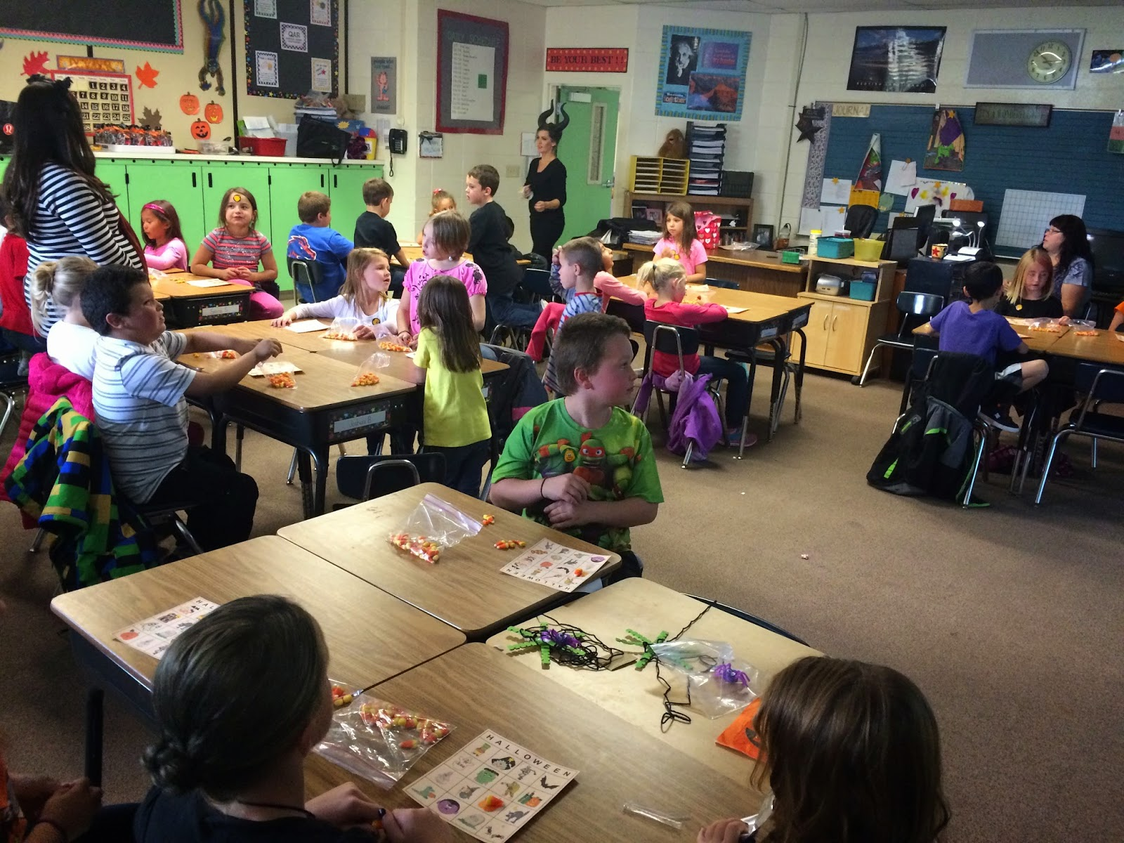 Mrs. Brown's 2nd Grade Class: Halloween Party