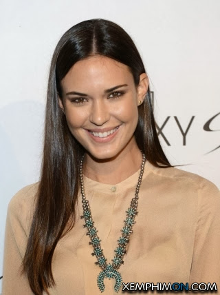 {Odette Annable